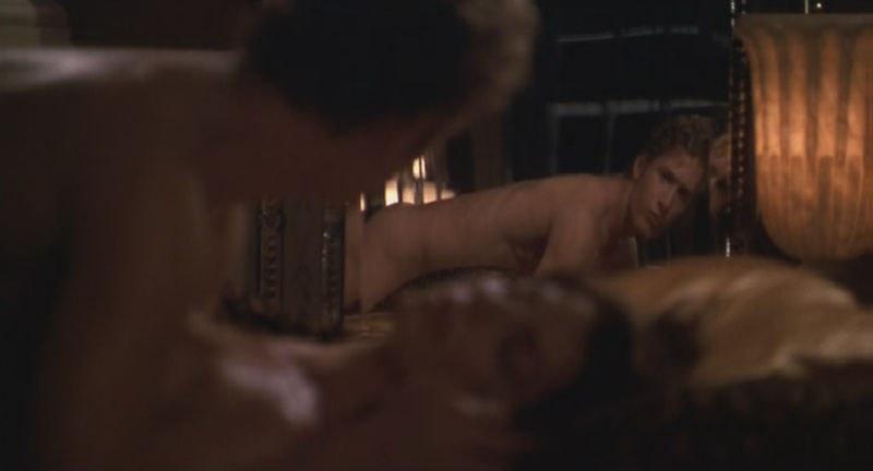 Nude photos of ryan phillippe