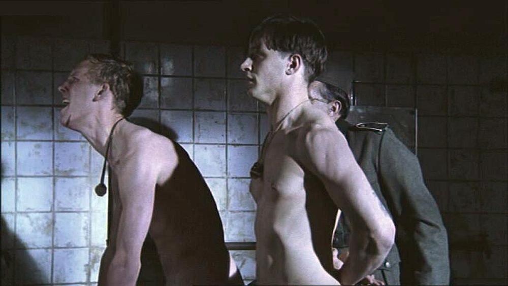 Tom hardy nude sccene