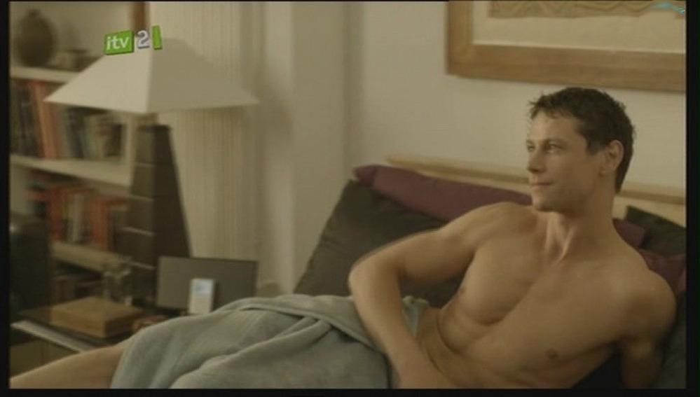 Where Andrew hayden smith naked