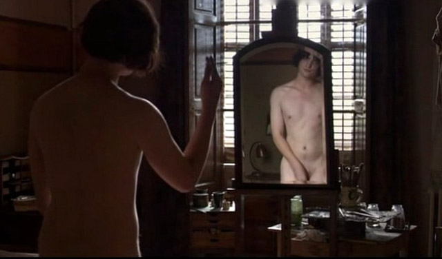 robert pattinson with naked body