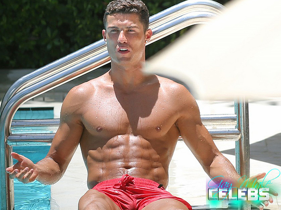 C ronaldo naked photos sorry