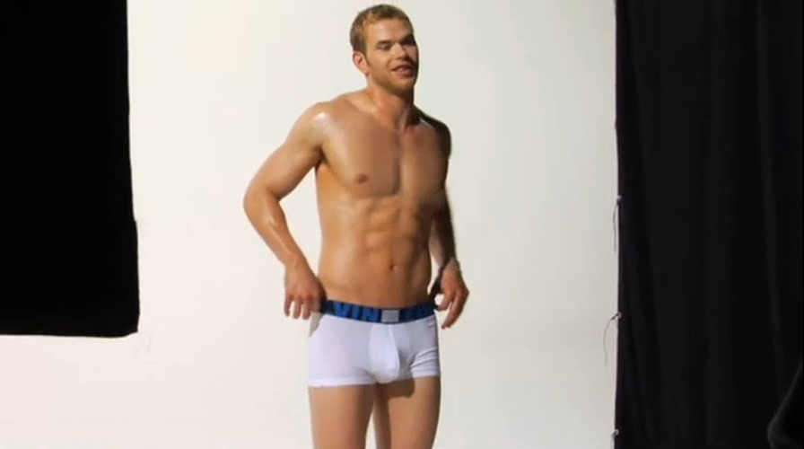 Kellan lutz sex tape