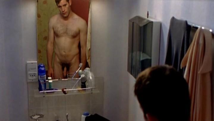голые актеры в фильмах фото
