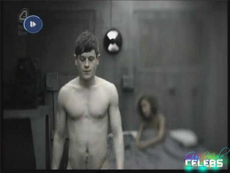 Iwan Rheon  Gay-Male-Celebscom-2190